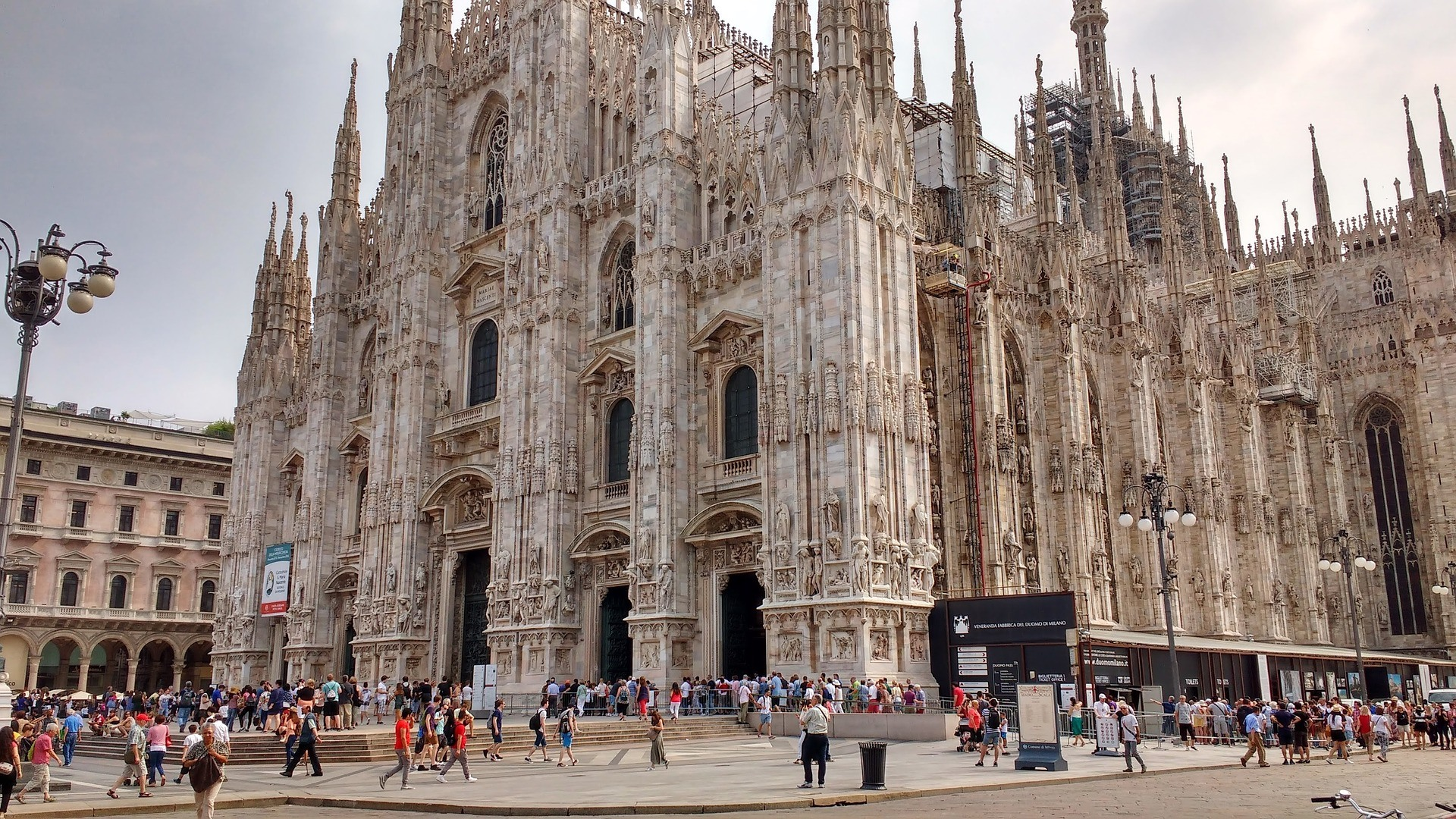 Cosa Vedere A Milano Un Giorno A Spasso Tra Duomo E Navigli